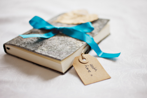regala un libro regalare un libro