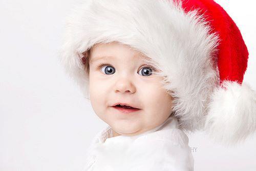 Laboratori per bambini Natale. Vi propongo questi simpatici lavoretti ed attività da fare con i bambini di tutte le età anche per i più piccoli, per Natale.