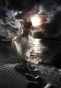 donna nel mare