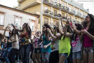 ballo flashmob sei di cava se..